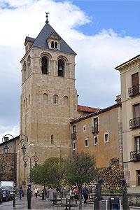 San Isidoro de León - Monasterios
