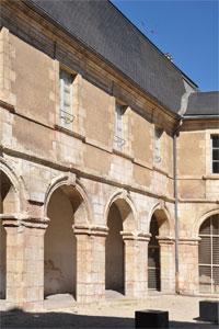 convent dels augustins de bourges monestirs. Black Bedroom Furniture Sets. Home Design Ideas