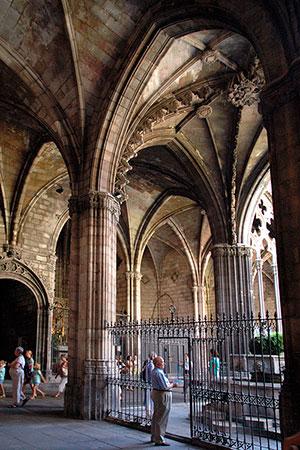 Monasterios de Catalunya - Catedral de Barcelona / Claustro